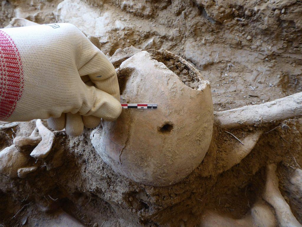 Primer proyecto arqueológico de exhumación de la Guerra Civil en la ciudad de Huesca. 2017. ARQUEOPLUS. Dirección: A. Alagón/F. Pérez.