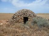 Prospección arqueológica. Caseta de Tres Huegas, Ballobar (Huesca). Foto de poyecto aqueológico Plan Monegros II.Antonio Alagón. ARQUEOPLUS©